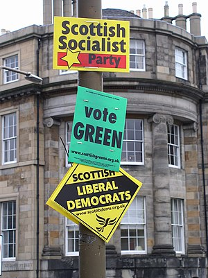 Signs for May 2007 Scottish Parliament and loc...