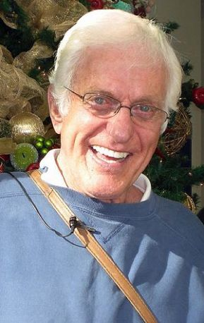 English: Dick Van Dyke in December 2007.