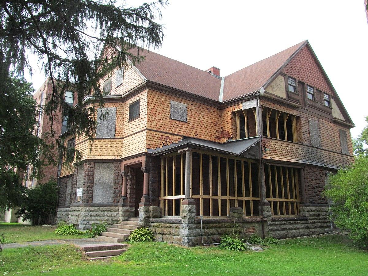 Fullsize Of Russell Wilson House