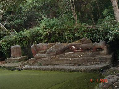 Statue of Shesh-Saiya at Bandhavgarh National Park
