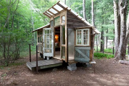 Simple Living In A Tiny House Taste Of 20 Throughout Decorating