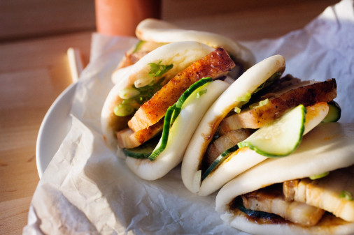 Steamed-Pork-Buns-hoisin-scallion-cucumber-506x337
