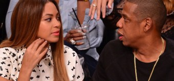 """In New Book, Huckabee Suggests Jay-Z Is Acting Like a """"Pimp"""" by """"Exploiting"""" Beyoncé"""