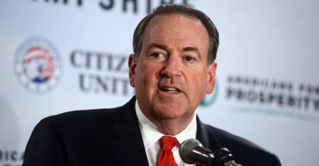 Former Arkansas Governor Mike Huckabee speaks at the Freedom Summit at The Executive Court Banquet Facility April 12, 2014 in Manchester, New Hampshire. (Darren McCollester/Getty Images North America)