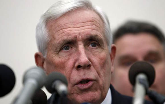 Former US Rep. Frank Wolf aims to make religious freedom a 2016 presidential campaign issue. (AP) (Reuters)