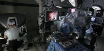 Google Teams Up With Johnson & Johnson to Build Robot Surgeons