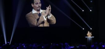 Johnny Depp Makes Surprise Appearance at Disney's Annual Fan Convention