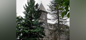 Nation's First Theological Seminary Plans to Scale Down