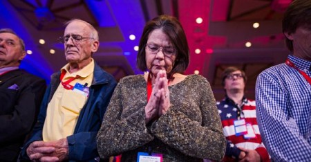 This year's Conservative Political Action Conference opened with a prayer. (Credit: Jim Lo Scalzo/European Pressphoto Agency)