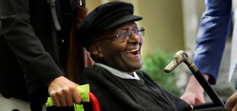 Desmond Tutu Wants Right to End Life Through Assisted Dying