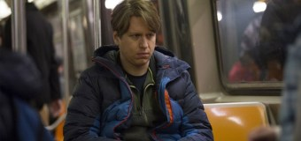 """Pete Holmes Talks His New HBO Series """"Crashing"""" and Faith: 'I'm Christ-Leaning'"""