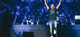 Chris Tomlin Makes History and Sells Out Major Markets (Video)