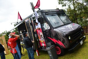 urbeat-galerias-modelo-foodtruck-rally-gdl-14mzo2015-07