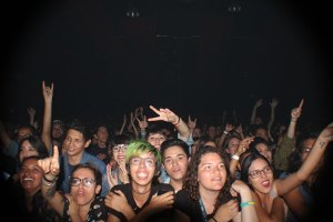 urbeat-galerias-gdl-ocesa-jalisco-cavaret-Two-Door-Cinema-Club-20abr2016-20