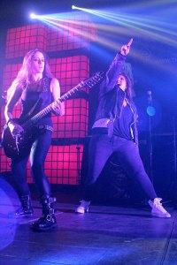 urbeat-galerias-gdl-c3-stage-The-Iron-Maidens-04ago2016-03