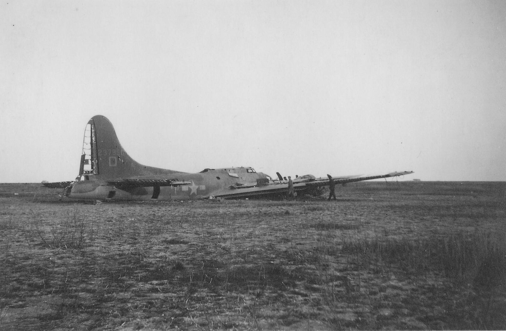 B17-Noordwest-van-haven-Schokland-1944
