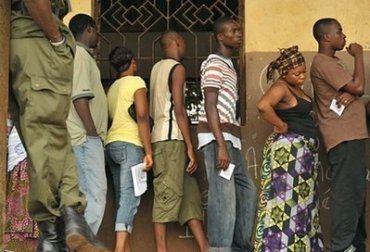 Guinea's first democratic elections peaceful; yet draw fraud charges