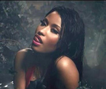 Nicki Minaj releases 'Anaconda' video with Drake; warning: raunchy, controversial