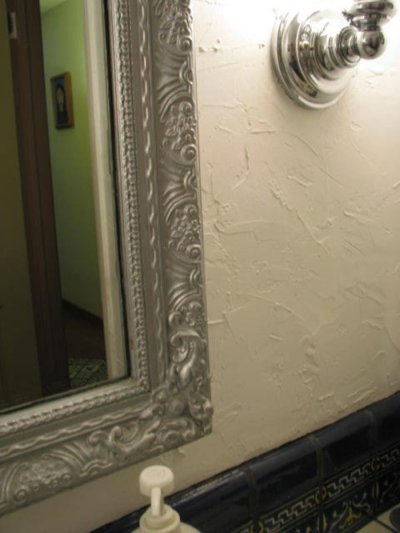 How to Hand-Plaster Walls to Cover Wallpaper and Damage | Dengarden