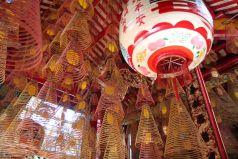 Encens dans un temple chinois