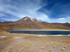 Lagunas Miñiques (alt. 4120 m)
