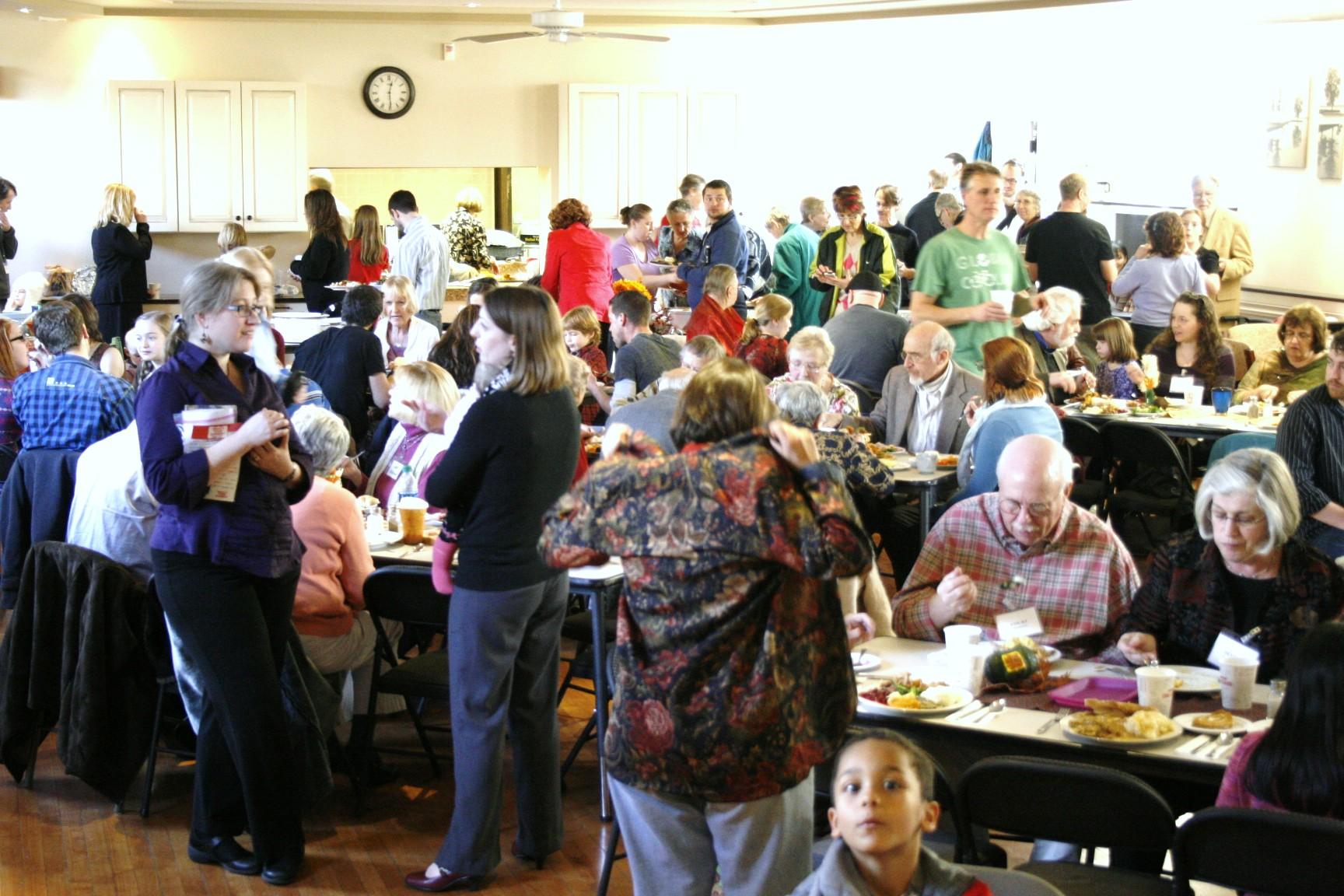 thanksgiving crowd