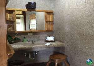 La Cusinga Lodge Bathroom