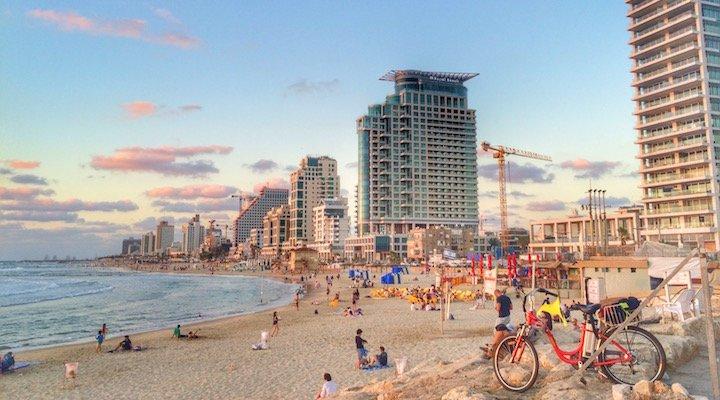 Tel Aviv - feature image beach bicycle