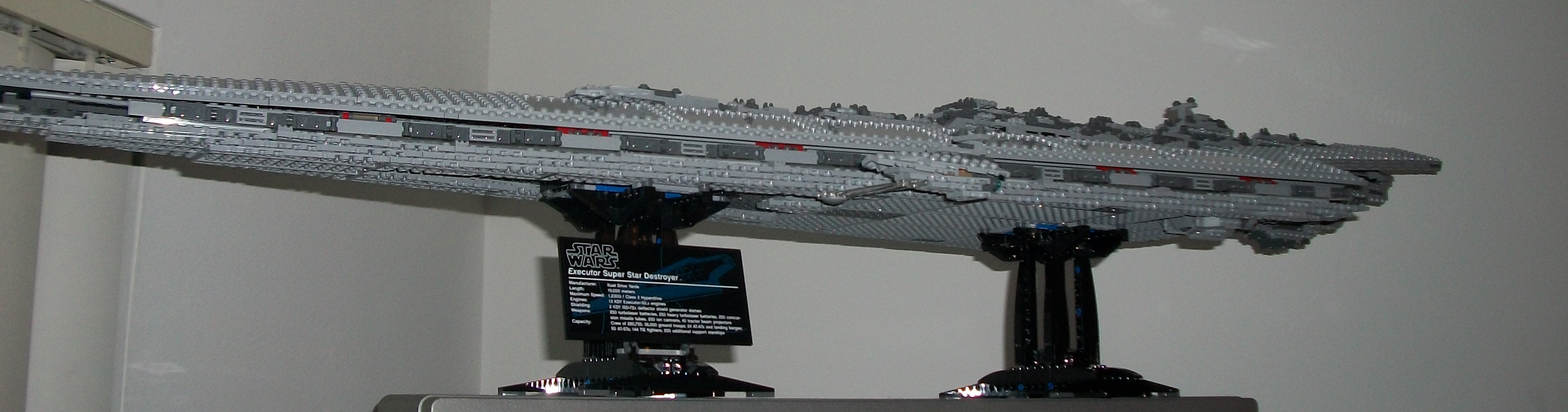 Star Wars LEGO Ultimate Super Star Destroyer 10221