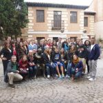 full_foto_con_estudiantes_Alcal__de_Henares