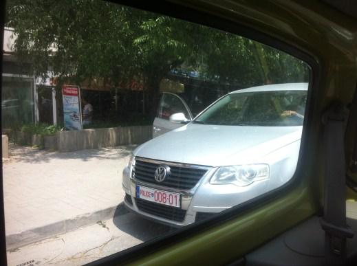 Policia Parking
