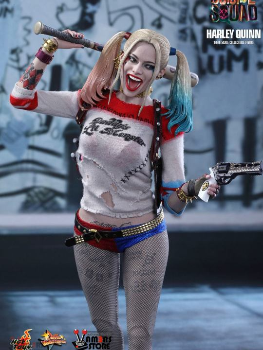 Vamers Store - Hot Toys - MMS383 - Suicide Squad - Harley Quinn - 06
