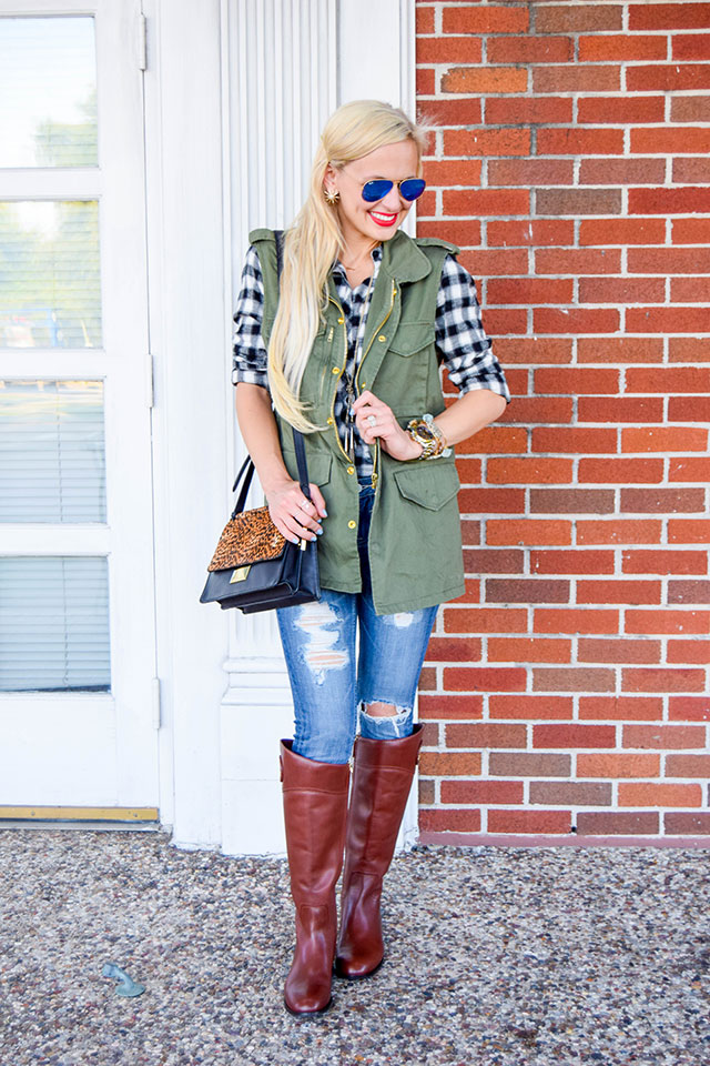 vandi-fair-blog-lauren-vandiver-dallas-texas-southern-fashion-blogger-nordstrom-anniversary-sale-fall-outfits-vigoss-chelsea-destroyed-skinny-jeans-tory-burch-boots-5