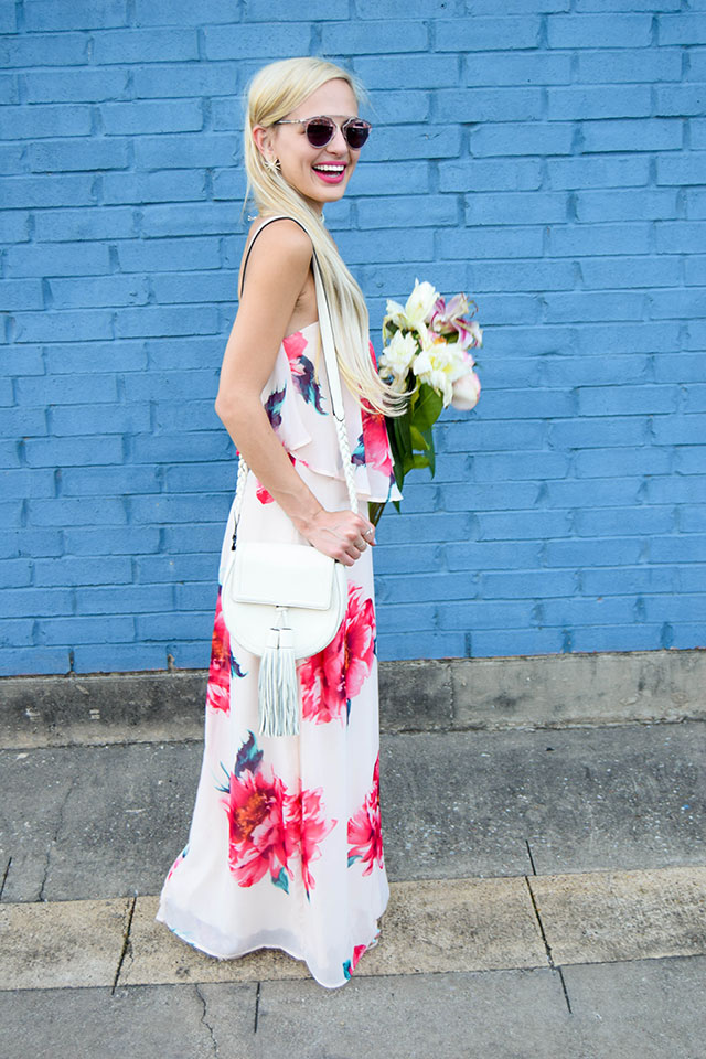 vandi-fair-blog-lauren-vandiver-dallas-texas-southern-fashion-blogger-nordstrom-way-in-strapless-popover-floral-maxi-dress-pink-dior-so-real-sunglasses-rose-9