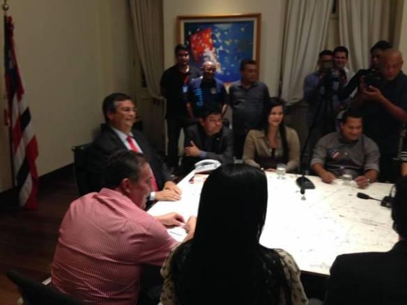 Prefeita, Valéria ao lado do Secretário de Articulação Política e de Comunicação, Márcio Jerry.