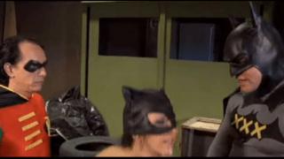 Batman e robin fodendo a mulher gato