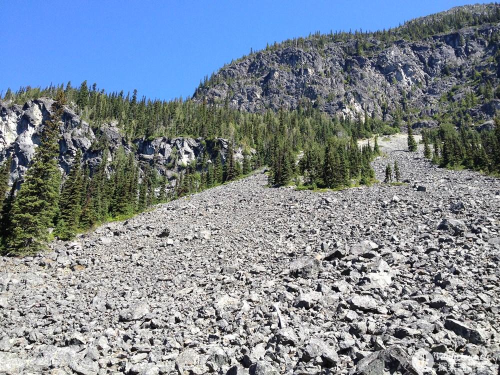 Wedgemount Lake 05