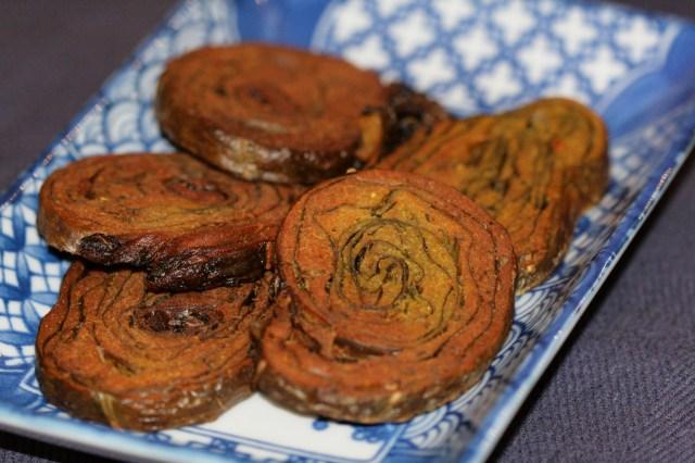 Crisp Alu wadi or Paatvad