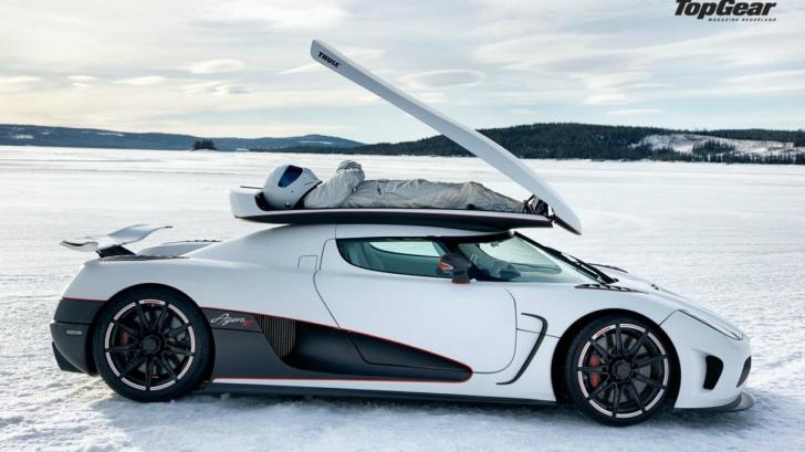 cars-top-gear-the-stig-koenigsegg-agera-white-cars-fresh-new-hd-wallpaper-stig-1291393383
