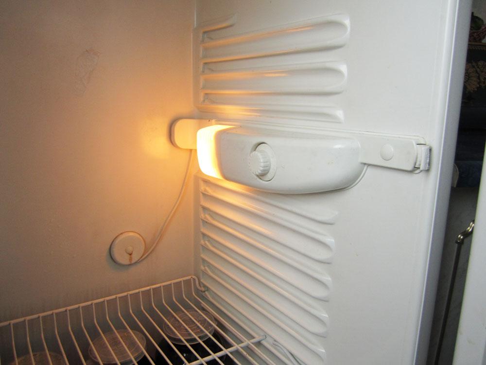 Замена термостата в холодильнике атлант своими руками 77