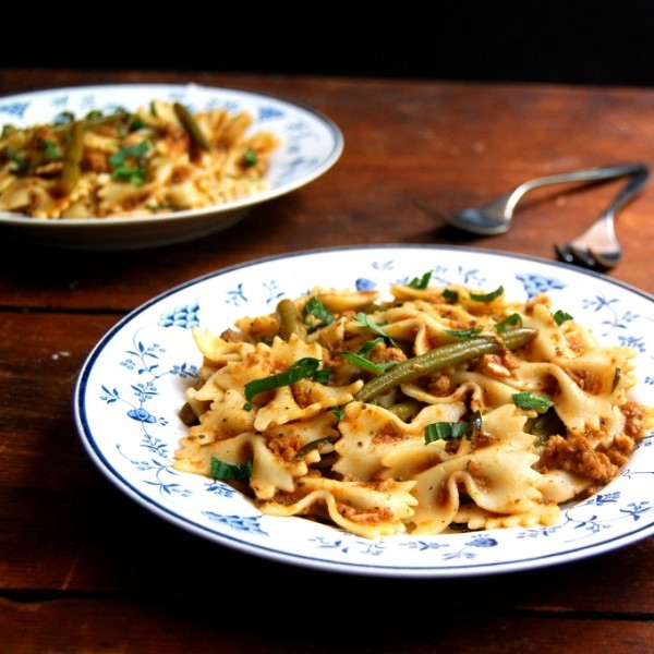 vegan pasta-bolognese
