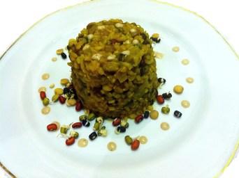 תבשיל טבעוני מתכון אורז עם תרד, אפונה ונבטוטים