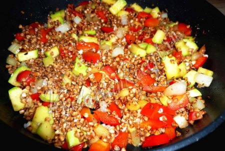 Гречка с овощами - приготовление