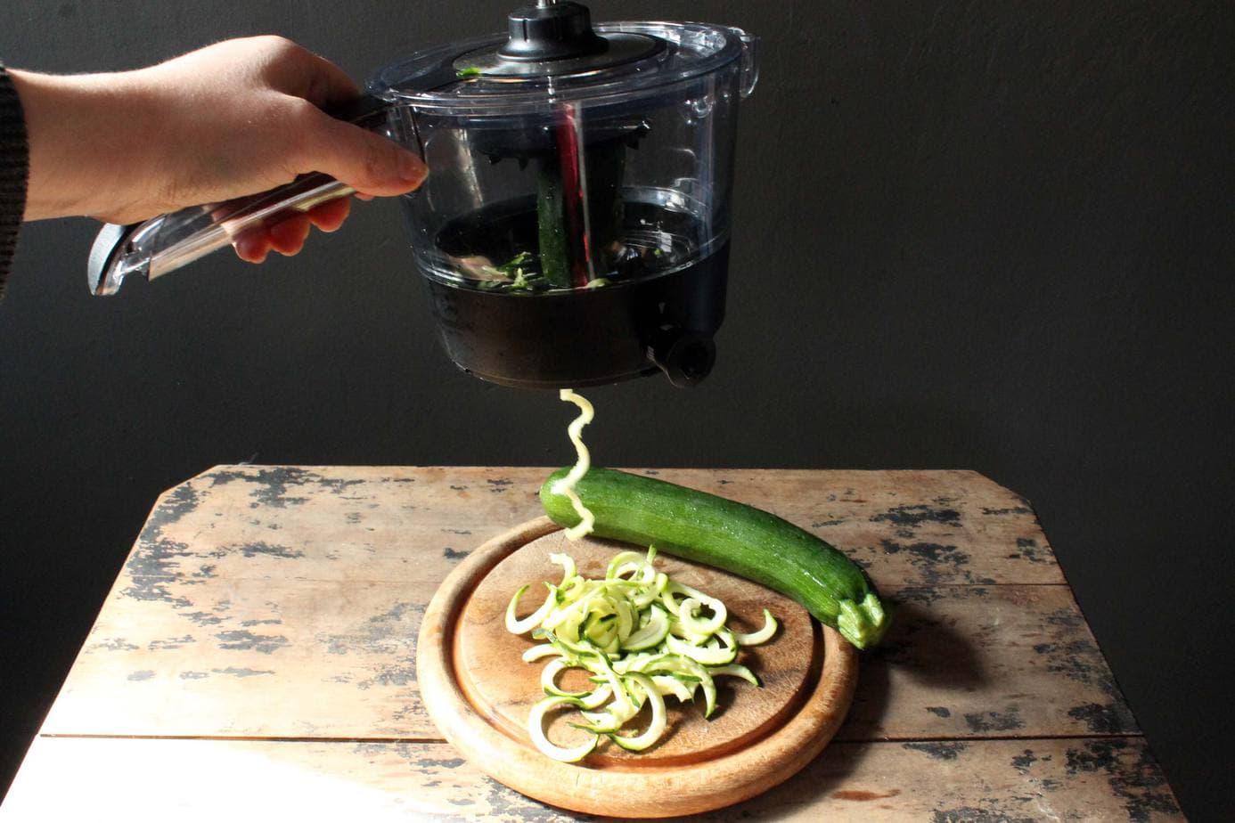 Gefu Spiralfix Spiraliser | Veggie Desserts Blog
