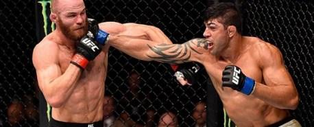 Viscardi Andrade comemora terceira vitória no UFC