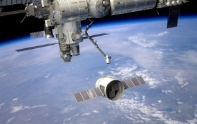 spacex_dragon_iss1