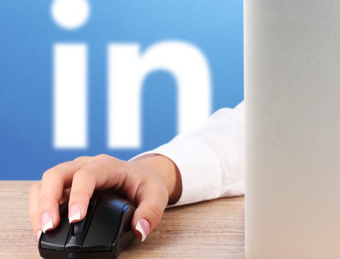 linkedin-200-million