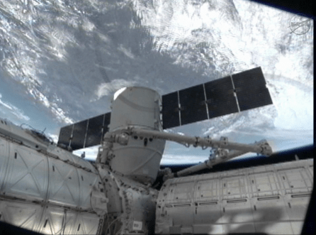 spacex dragon iss dock