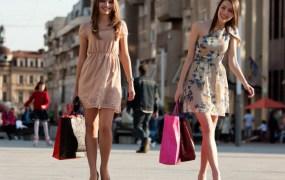 ss-women-shopping