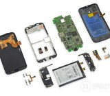 The Moto X ripped apart
